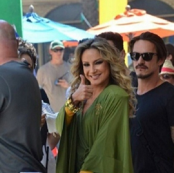 jennifer lopez claudia leitte - videoclipe - we are one_002