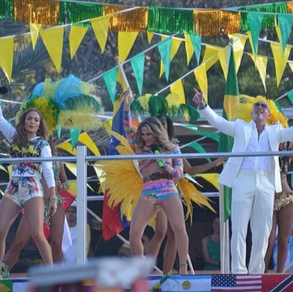 jennifer lopez claudia leitte - videoclipe - we are one_006
